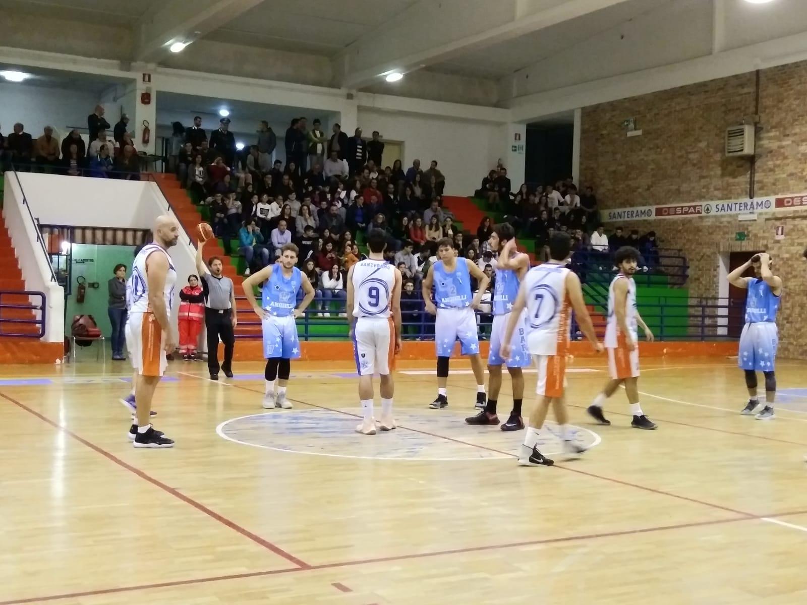 https://www.scorebasket.it/immagini_news/04-11-2019/1572858672-388-.jpg