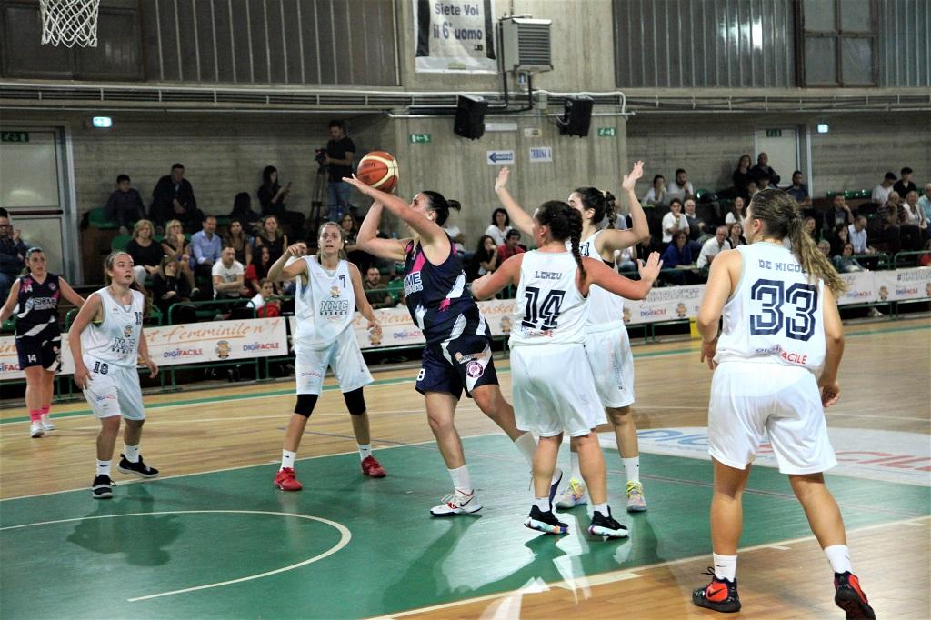 https://www.scorebasket.it/immagini_news/10-11-2019/1573404746-97-.JPG